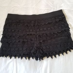 Express crochet shorts